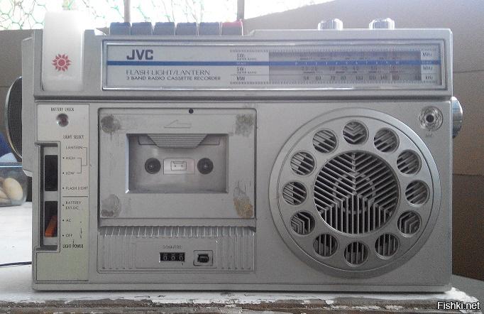 """У меня отец привез после """"интернационального долга"""" пару агрегатов - JVC (на фото) и ORION (фото нет, но похож на тот что побольше). Меломанили с 1982."""