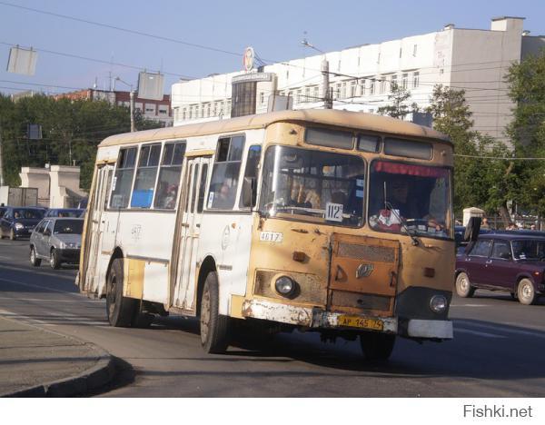 Вот как выглядел похмельный автобус в наше время: