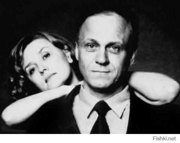 Странно, нет одних из, пожалуй, самых известных: Вера Алентов и Владимир Меньшов